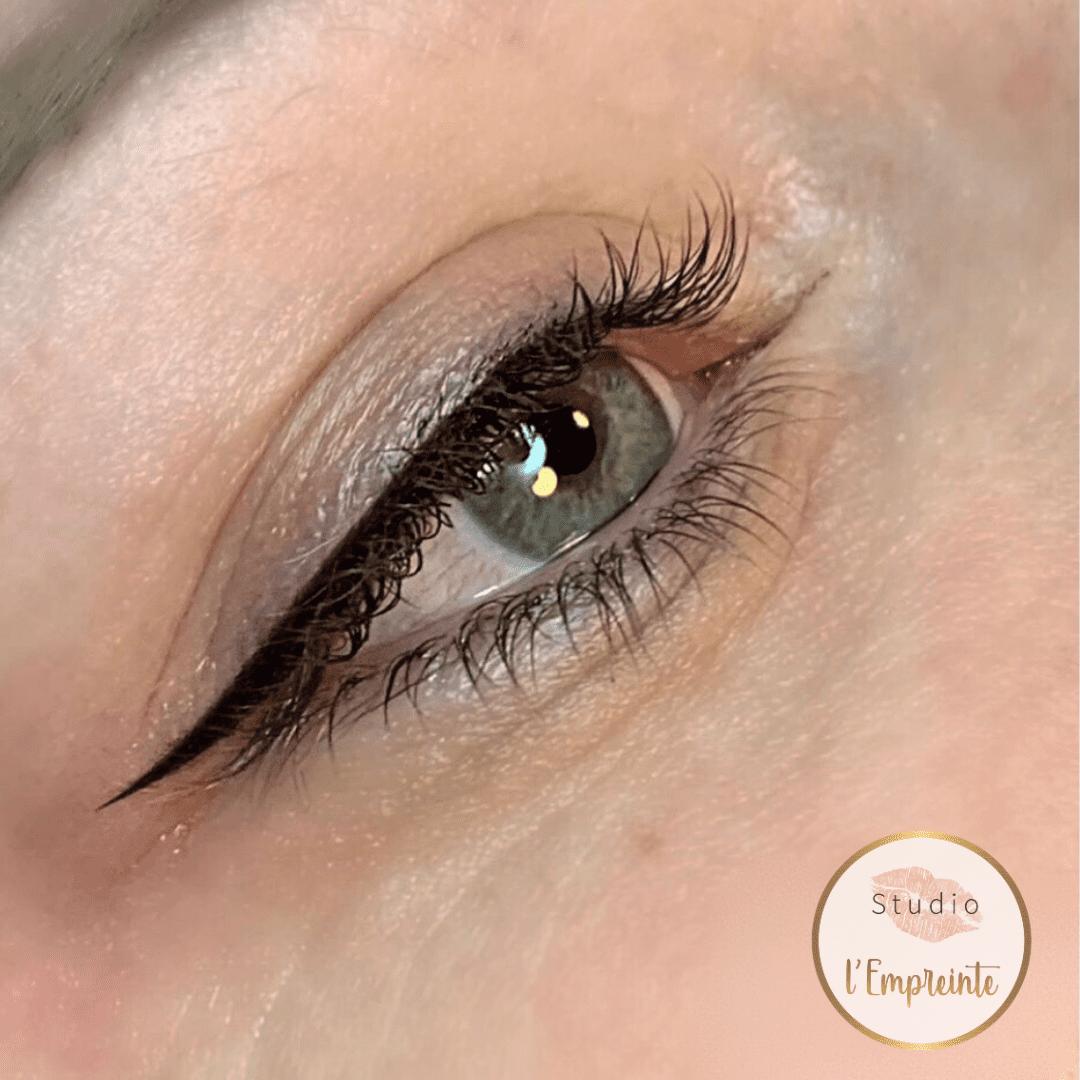 eyeliner maquillage permanent
